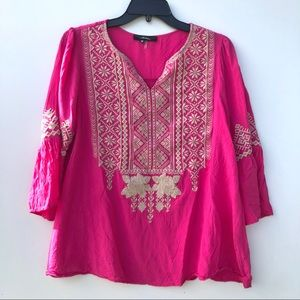 """Pink """"Andree"""" top. Cream detail. Size M."""